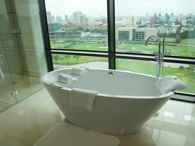 St_Regis_Bangkok_Hotel-Caroline_Astor_Suite_Bath