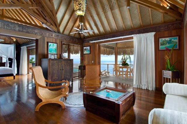 Inside-Hilton-Bora-bora-villa