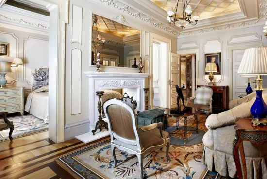 hd-hotel-grande-bretagne-athens-presidential-suite-living-room-tv