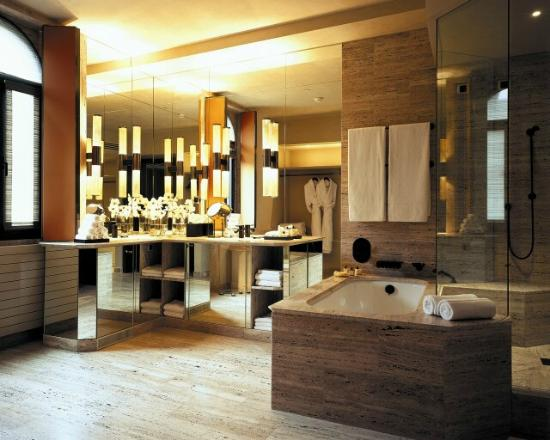 park-hyatt-milan-bathroom-rooms