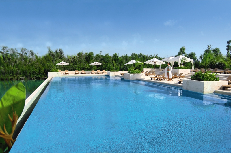 Fairmont_Mayakoba_Pool