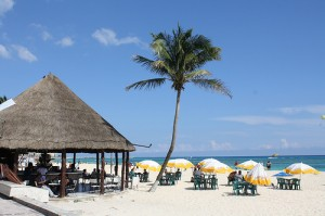 Playa_del_Carmen_Beach
