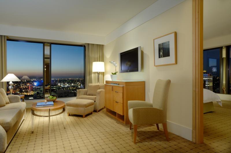 Westin-Sydney-Executive-Suite