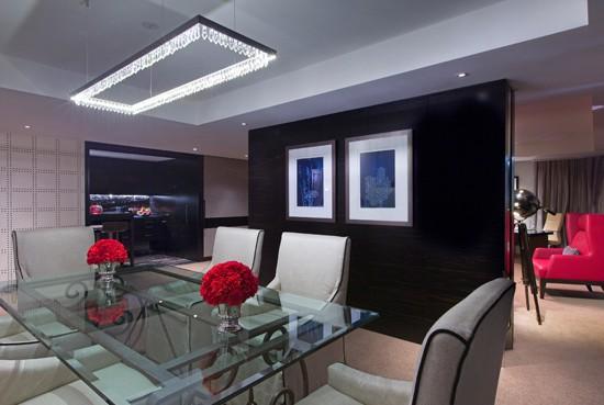 Ambassador-Suite-Dining-Room