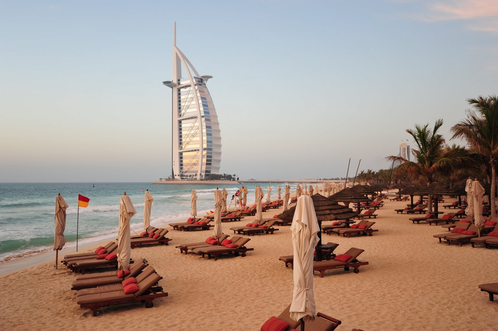 Burj-Madinat-Private-Beach