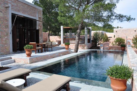Pool-cabana-amanruya
