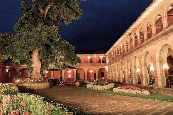 Hotel-Monasterio-Peru
