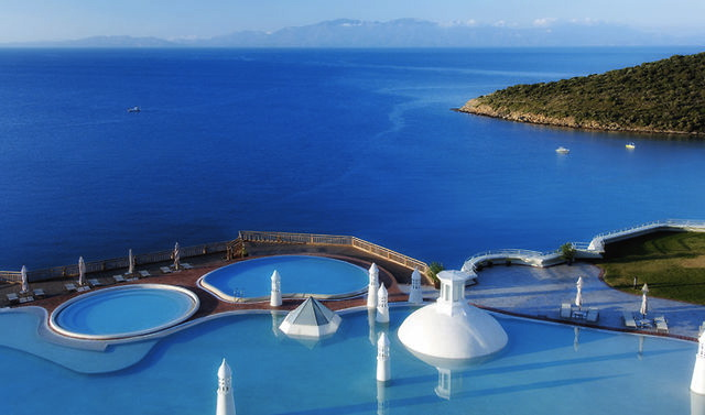 Pools-Barbaros-Bay-Kempinski
