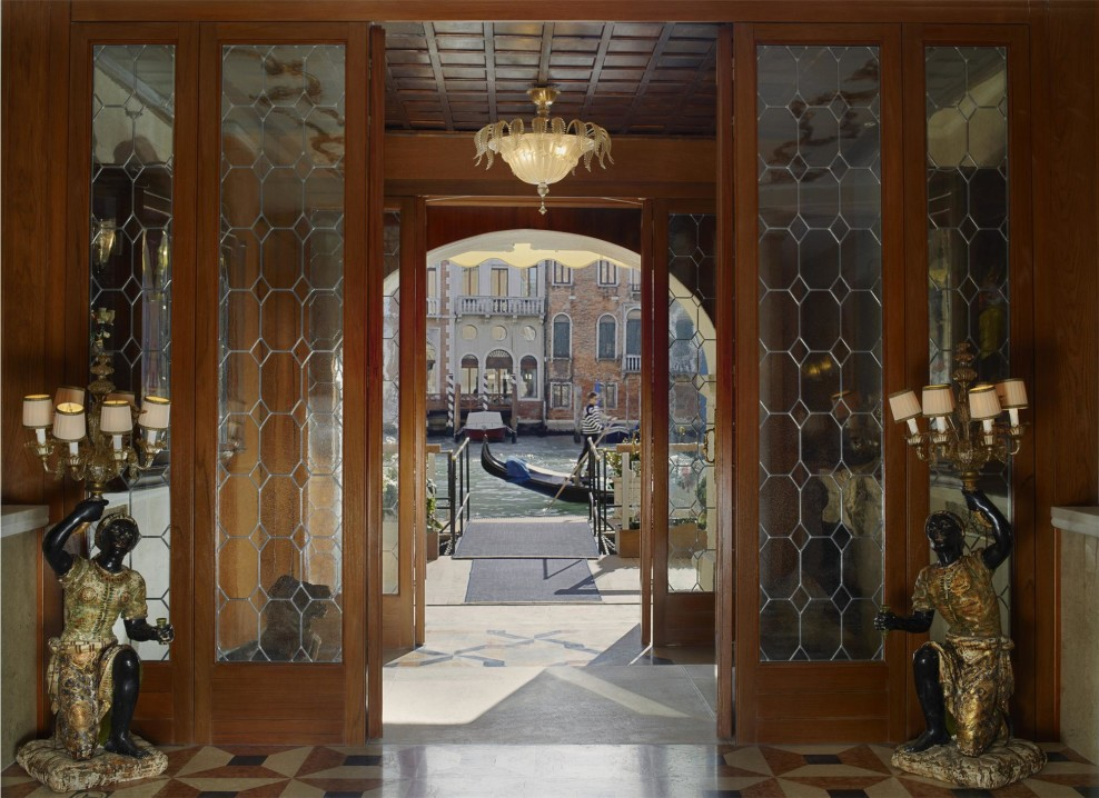 Gritti-Palace-Venice-view-entrance