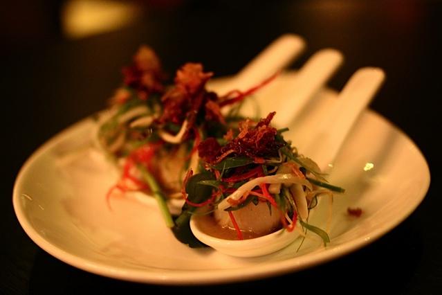 Sarong-scallops