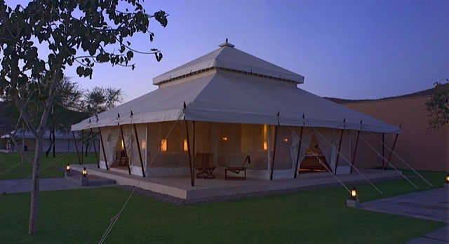 Aman-I-Khas-villa-exterior-india & 5 Cities - 5 Luxury Hotels In India - The Lux Traveller