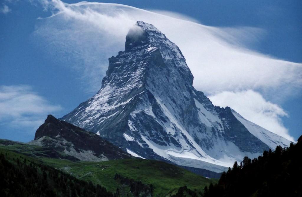 Peak_of_the_Matterhorn-Zermatt_Switzerland