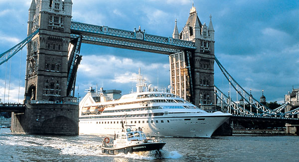 Top Luxury Cruise Lines In The World The Lux Traveller - Cruise ship in london
