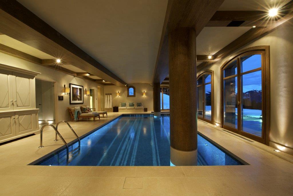 Shemshak-pool-ski-chalet