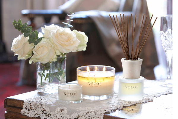neom-candles