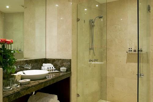 bathroom-prestife-suite-sofitel-sydney