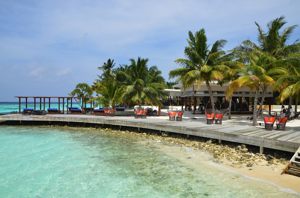 Dhevanafushi-beach-area