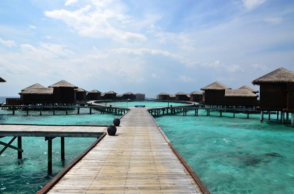 Dhevanafushi-water-villas