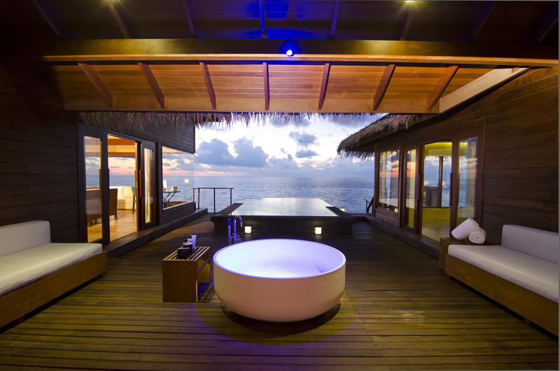 Jumeirah Dhevanafushi - Ocean Revive Deck 1