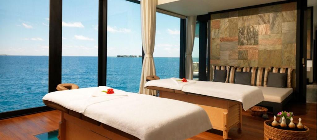 jumeirah-dhevanafushi-spa-room