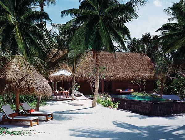 reethi_rah_maldives_Beach-villa-pool
