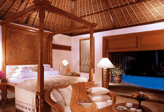 Villa-bedroom-Oberoi