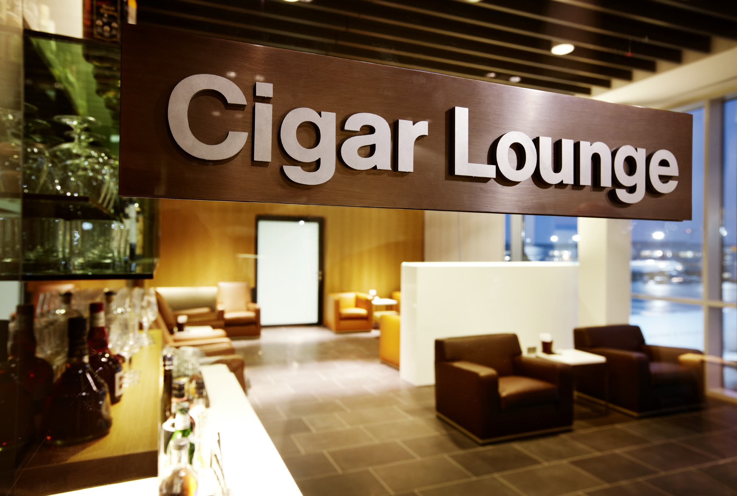 Cigar Lounge in Lufthansa First Class Area