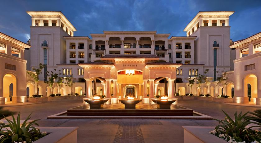 StRegis-Saadiyat-night