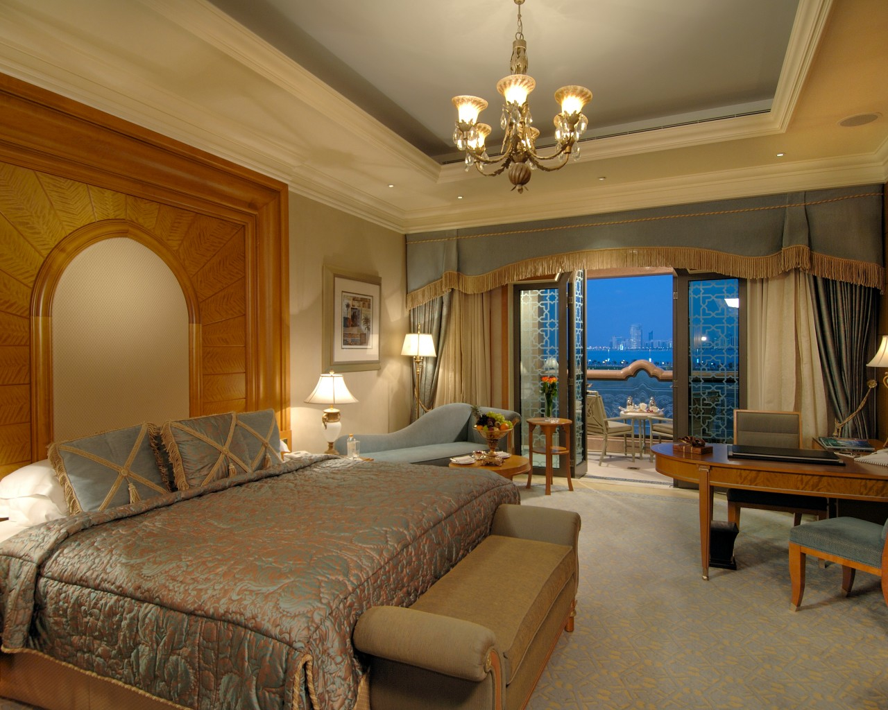 Emirates-Palace-room
