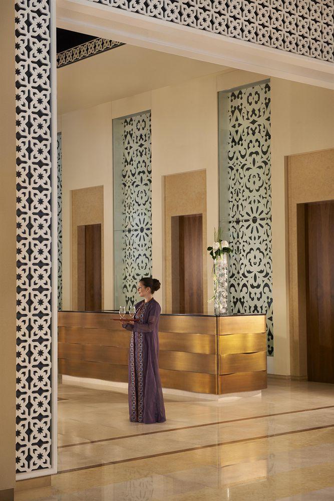 Fairmont-palm-lobby