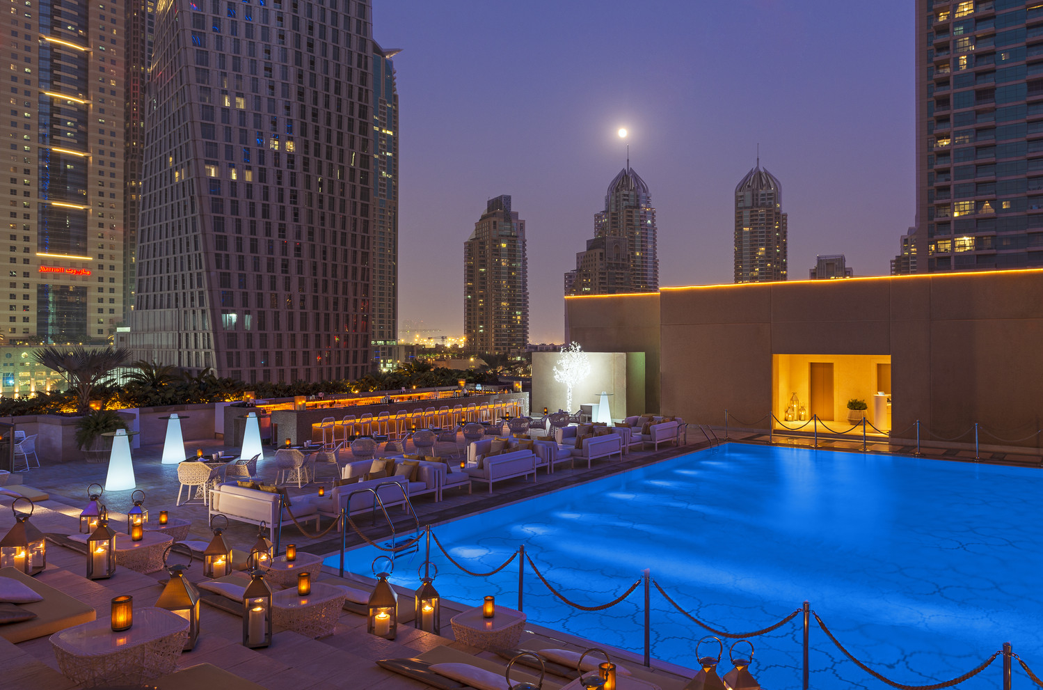 Grosvenor house dubai luxurious getaway for fun loving for Hip hotel dubai
