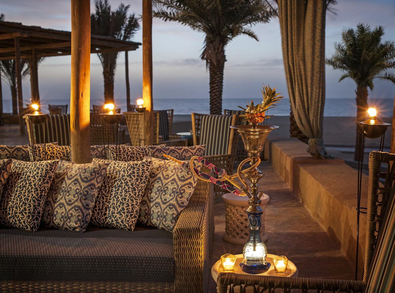 StRegis_SI-Turquoiz Beach Restaurant and Lounge - Terrace copy