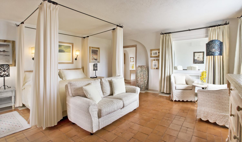 Romazzino-Royal Suite Bedroom