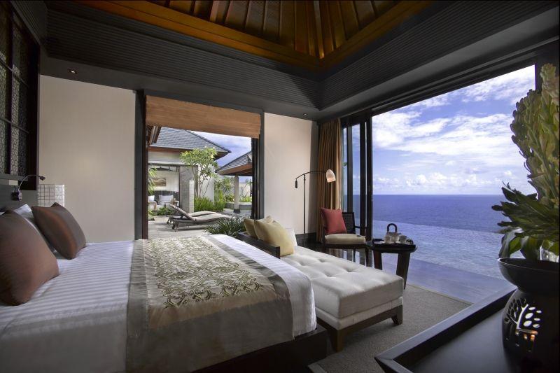 Banyan-Tree-Ungasan_bedroom-view