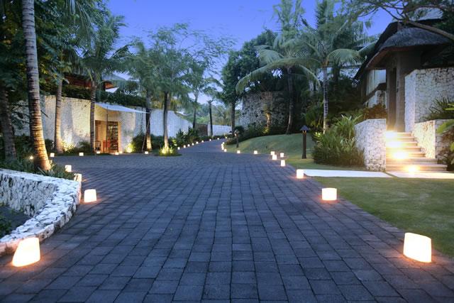Karma Jimbaran, Inside the resort