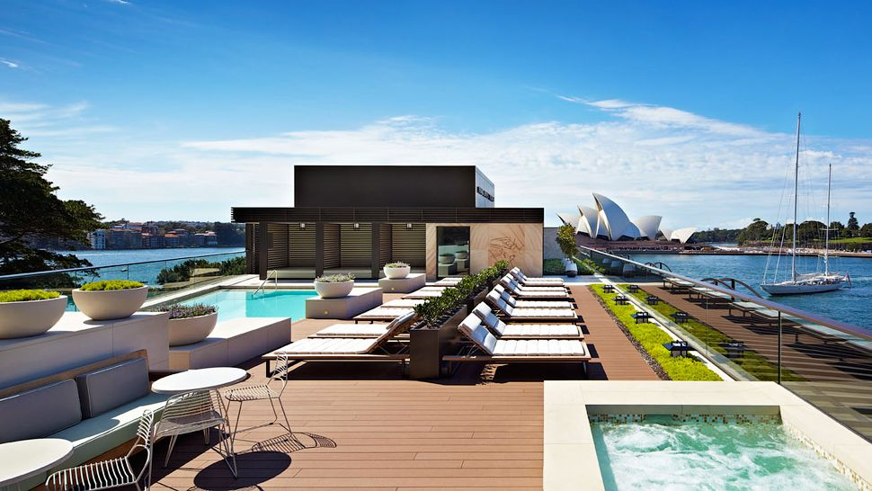 Park-Hyatt-Rooftop-Pool