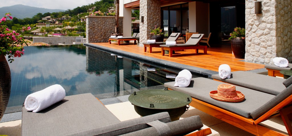 Pool Suite - Day