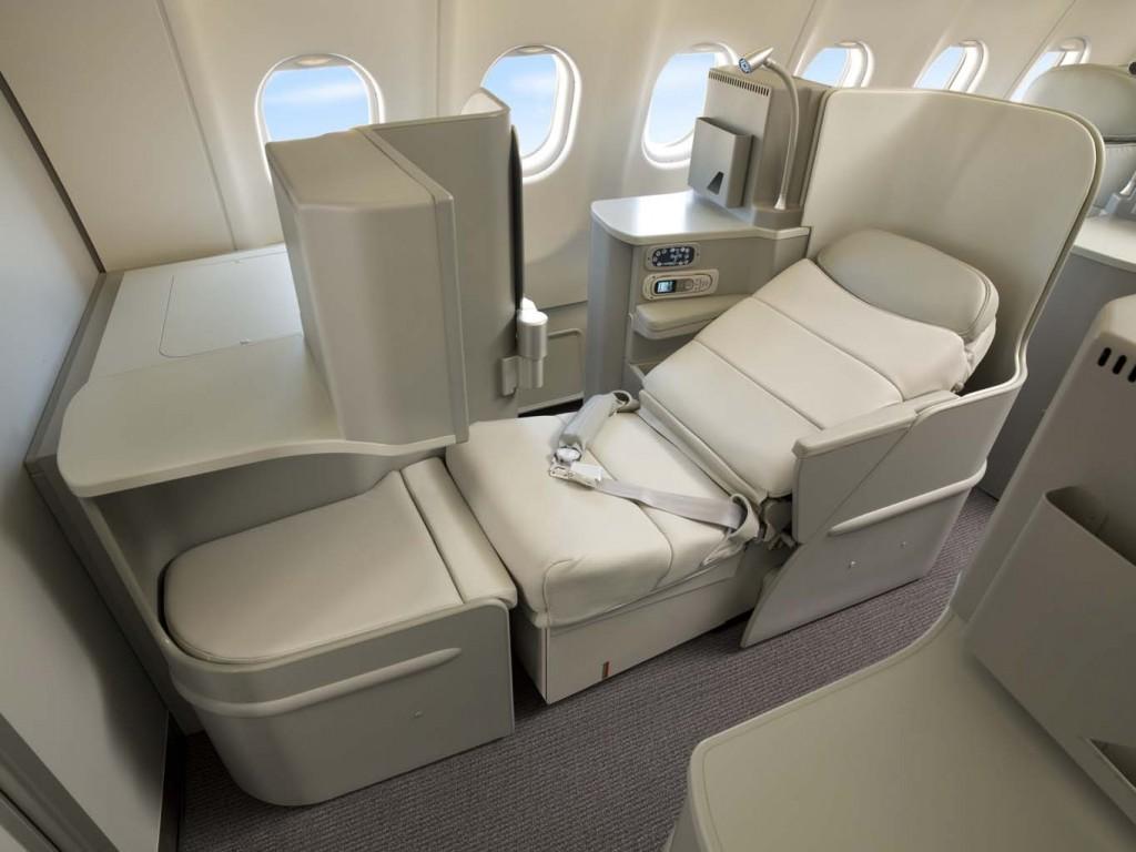 Alitalia_Business_Class_Seat