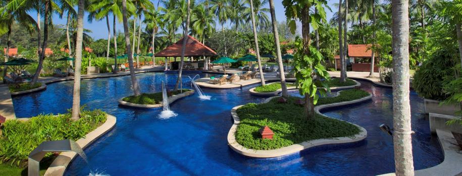 Banyan-Tree-Pool