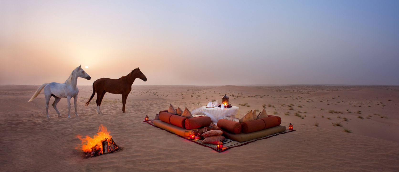 jld_romantic_desert_dining-Bab-Al-Shams