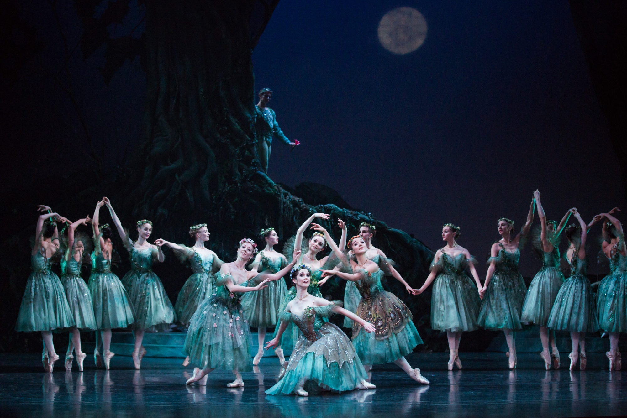 Artists of The Australian Ballet in The Dream. Photography by Daniel Bou...