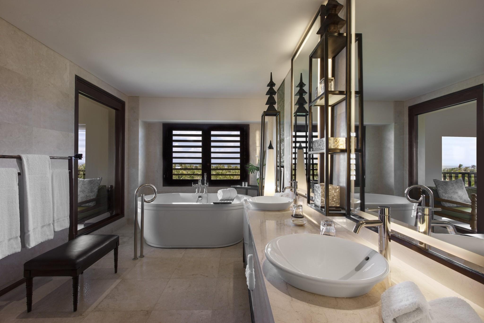 St Regis Ocean View Suite - Bathroom