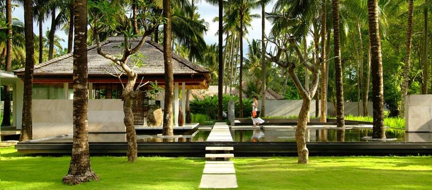 01_Kayumanis-Jimbaran-Bali-Lobby-Garden