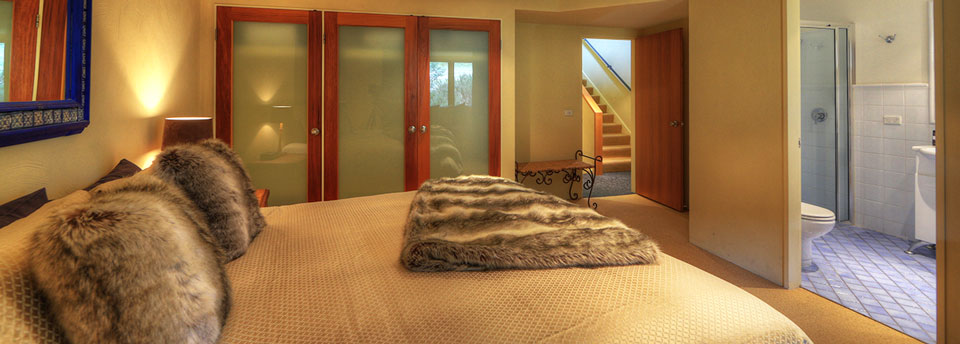 3-Bedroom-Superior-Ski-in-Ski-Out-Chalets-Master-Bedroom2