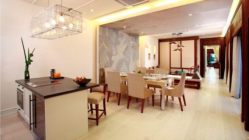 maikhao-2-bedroom-beachfront-pool-villa_dining-area