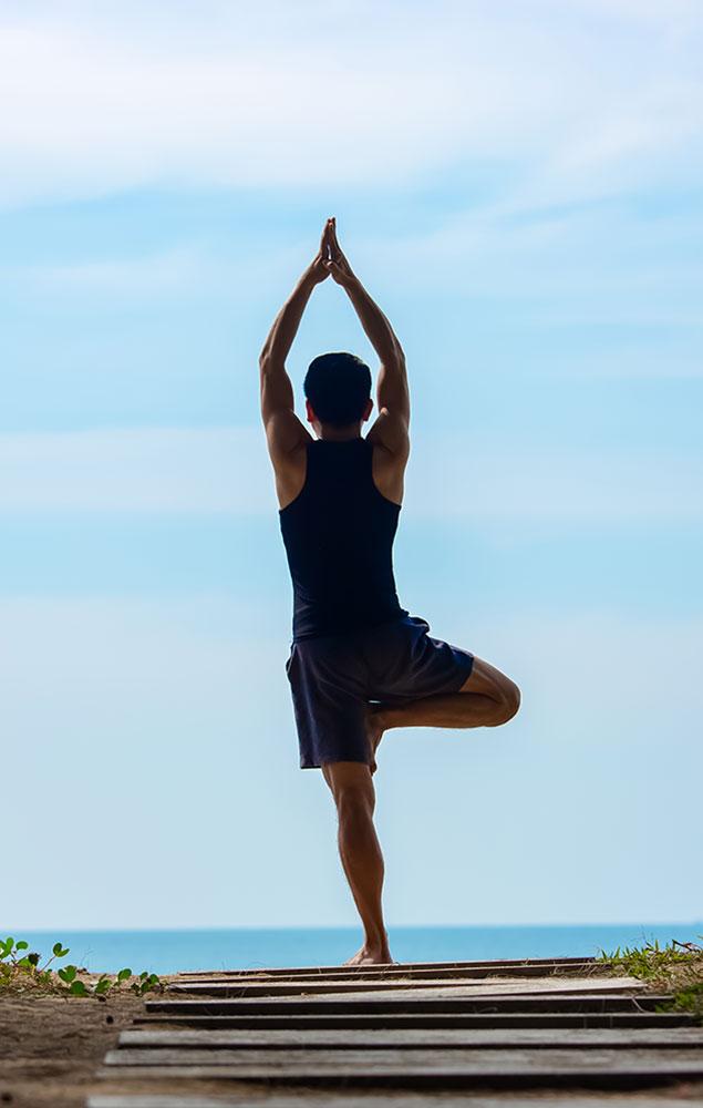 maikhao-dream_beach-yoga