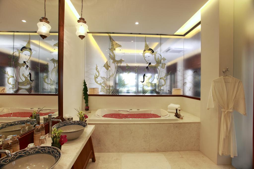 maikhao_2-bedroom-villa-bathroom