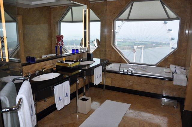 Suite Life In SingaporeA Stunning Ritz Carlton ExperienceThe