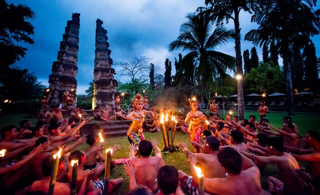 Balinese dance show at The Chedi Ubud