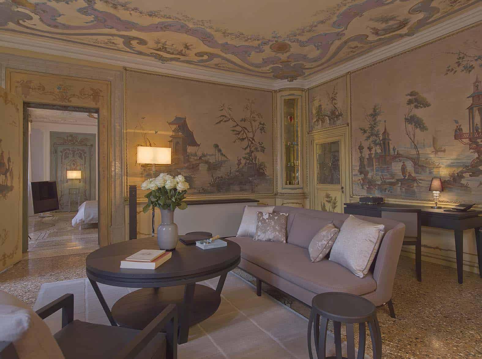 Aman Canal Grande Venice - Alcove Tiepolo Living Room